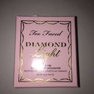 Too Faced (Diamond Light)