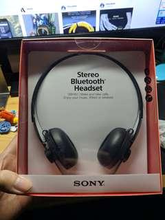 全新Sony SBH60 headphone(NFC 立體聲 Bluetooth 耳機,接聽及撥出電話。有線或無線選擇)