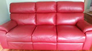 Leather lounge recliner suite