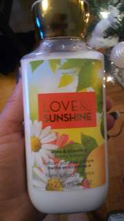 Bath and body works love ans sunshine lotion
