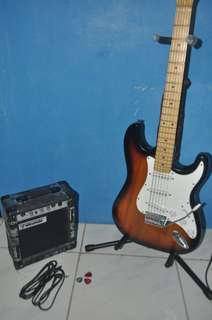 AST-330 Fernando Electric Guitar and Amplifier