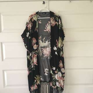 Size Small / Medium | Japanese Floral Kimono