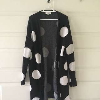 Size XS/S | Black And White Spotted Woollen Jacket
