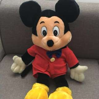 Mickey Mouse CLASSIC PLUSH