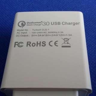 QC 3.0 快速充電器