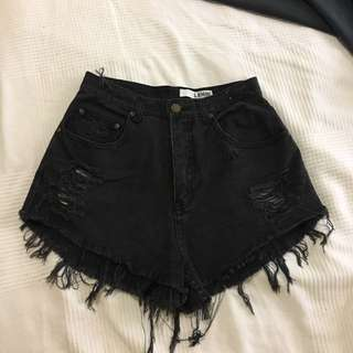 Lenni black high waisted shorts