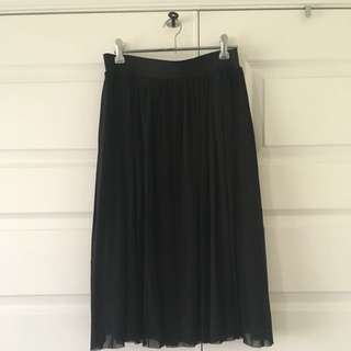 Size Medium | Black Tulle Skirt