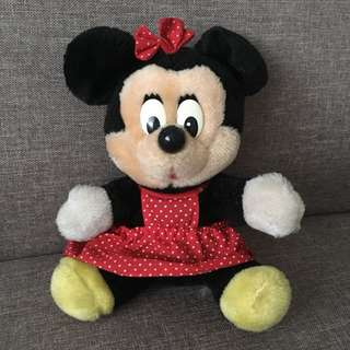 Minnie Mouse CLASSIC PLUSH TOY