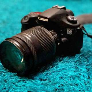 Canon 60d with 18-200mm lens + Canon Flash 430EXII