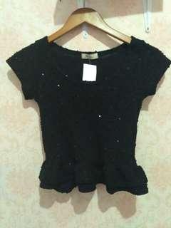 Baju crop hitam