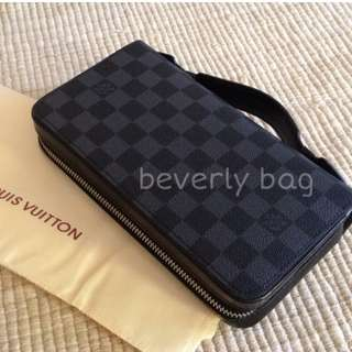 jual Pouch LV with Handle LV LEATHER MIRROR - damier black