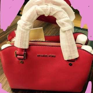 Michael Kors 全新,真皮, 正貨,桃紅色, 有塵袋