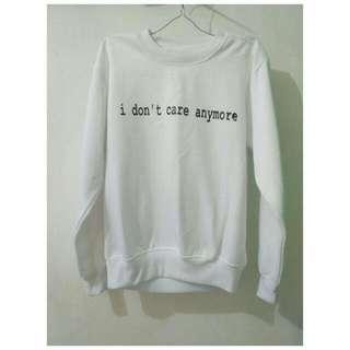 Badic Sweater White