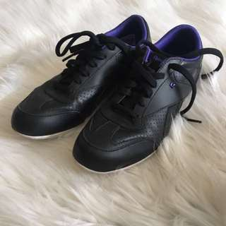 Authentic Reebok size7-Repriced