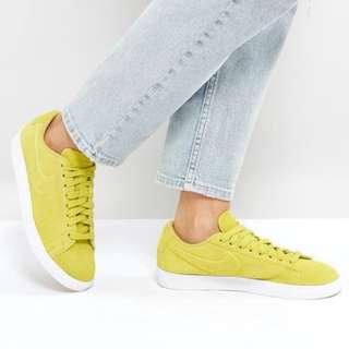 Nike blazer low trainers in yellow ORIGINAL