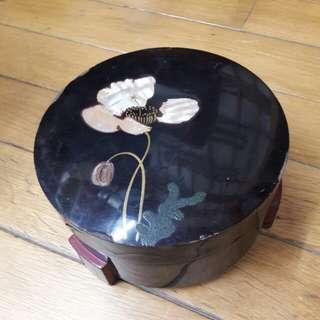 珠寶盒& 功能正常有使用過痕跡,高12cm直徑18.5cm