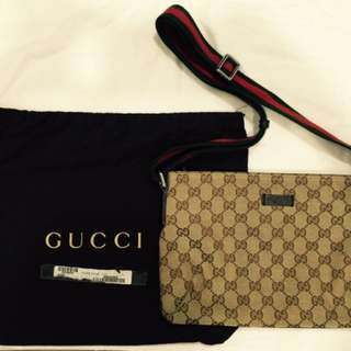 GUCCI SLING BAG (Authentic GUCCI) with Receipt