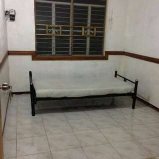 Room for rent in paranaque