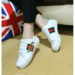 Sepatu Sneakers Wanita Bordir Ular WHITE Putih