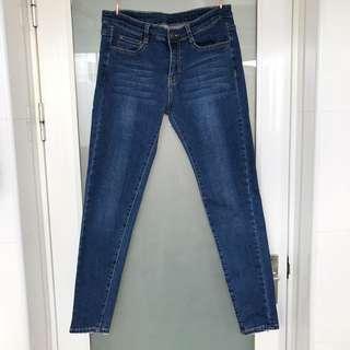 內刷毛中低腰牛仔褲 (薄刷毛款