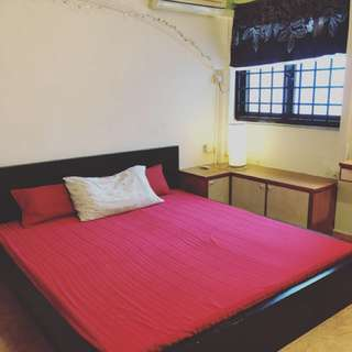 Master bedroom available for rental!!  (Fully furnished +WiFi + Aircon)