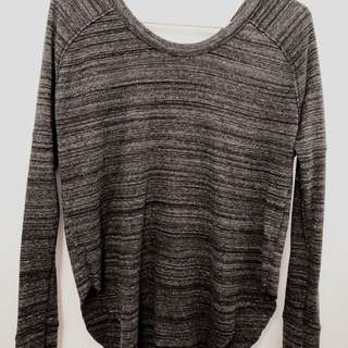 Aritzia/TNA long sleeve shirt