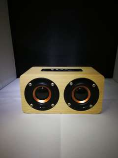 [In Stock] Classic Light Brown Wood Wireless Bluetooth Speaker with Bass