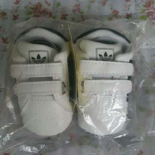 (New) Baby Shoes - size 1