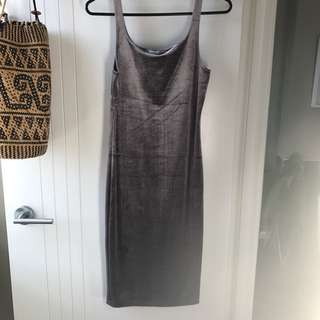 Zara Trafuluc Velvet Dress