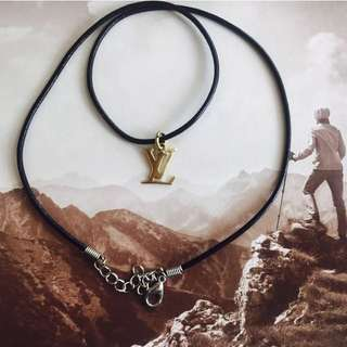 LV - 18k Gold plated Pendent with leather cord necklace - men : women