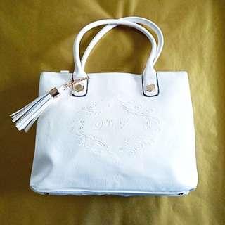 David Jones White Handbag with Tassel Detail