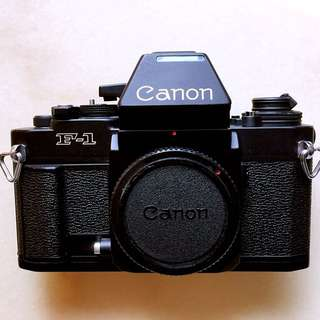 Canon F1n AF 35mm camera body slr