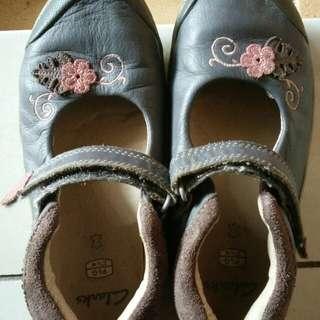 Clarks shoe for 3-4 yo girl