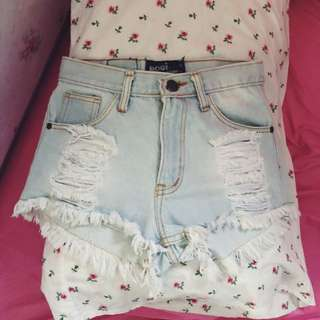 light wash denim ripped highwaist shorts