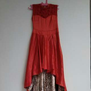 Party dress red