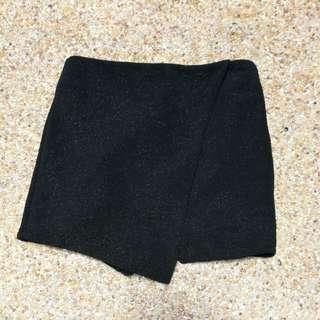 Kistchen Black Shorts Skirt