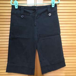 ARK 黑色五分褲(S) 黑褲