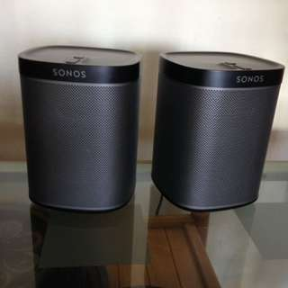 Sonos Play 1, 200each