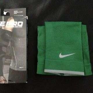 Nike Pro Combat Arm Sleeve