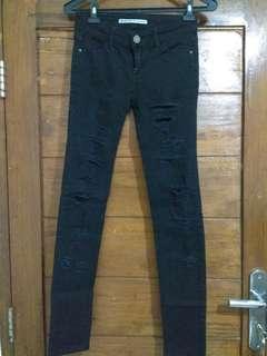Preloved Black Ripped Jeans