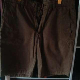 Uniqlo Knee Length Shorts