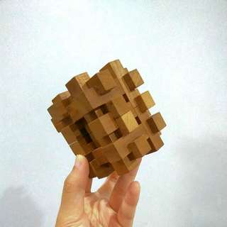 Intellectual Wooden Cube Toy Puzzle