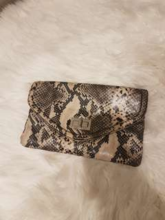 Art 9 (US BRAND) Snake skin Chain bag