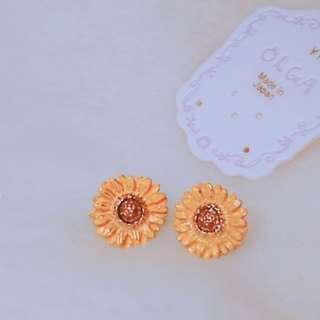 日本Osewaya OLGA 向日葵耳環