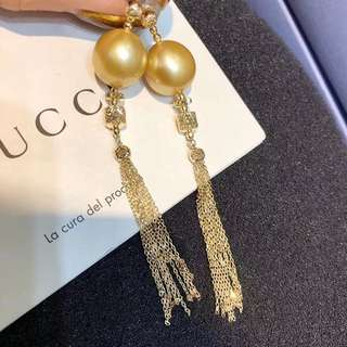 12-13MM天然濃金   特製18K金流蘇珍珠耳環 實打實的質感  特別有感覺的一對哦 現貨只有一對 18k gold gold pearl earring