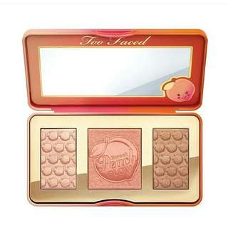Too faced sweet peach glow pallete