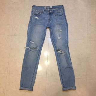 A&F Abercrombie & Fitch Ripped Super Skinny Jeans