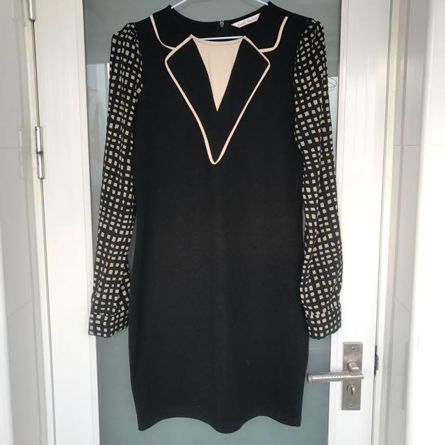 黑色長版造型上衣