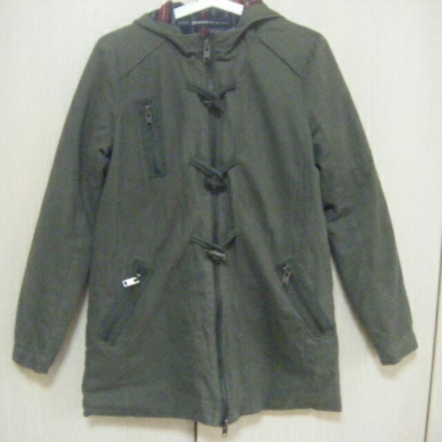 軍綠色鋪棉連帽長版外套