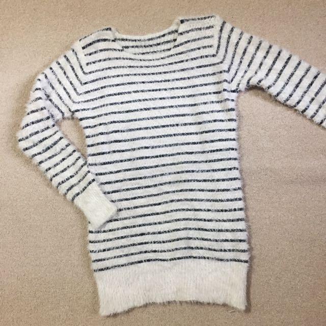 東區購入 毛衣